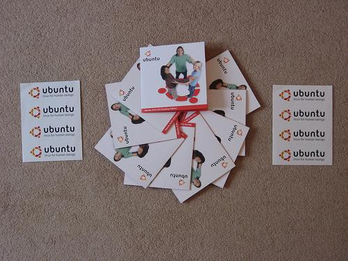 Pedir CDs de Ubuntu 9.04 gratis en ShipIt